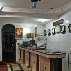 Отель Sahara International Deluxe Индия, Нью-Дели - отзывы, цены и фото номеров - забронировать отель Sahara International Deluxe онлайн питание фото 2