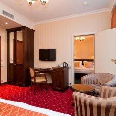 Гостиница Традиция 4* Стандартный семейный номер разные типы кроватей фото 5