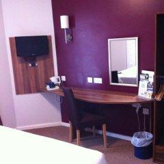 Отель Ramada London Stansted Airport 3* Стандартный номер с различными типами кроватей фото 3