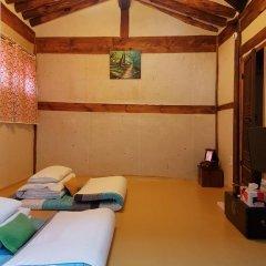 Отель Gong Sim Ga 2* Стандартный семейный номер с двуспальной кроватью фото 5