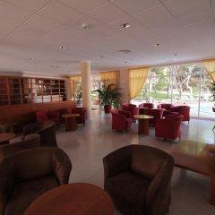 Отель Xaloc Playa гостиничный бар