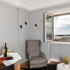 Апартаменты Graça Castle - Lisbon Cheese & Wine Apartments комната для гостей фото 5