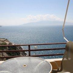 Отель Saranda Holiday Албания, Саранда - отзывы, цены и фото номеров - забронировать отель Saranda Holiday онлайн балкон