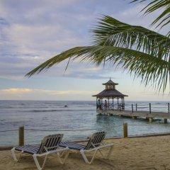 Отель Holiday Inn Resort Montego Bay All Inclusive 3* Стандартный номер с двуспальной кроватью фото 8