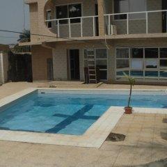 Отель Mariam Сьерра-Леоне, Фритаун - отзывы, цены и фото номеров - забронировать отель Mariam онлайн бассейн
