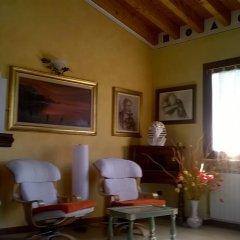 Отель villa giorgio Манерба-дель-Гарда интерьер отеля