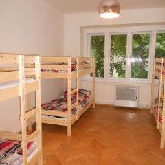 Hostel Fontána Кровать в общем номере фото 6