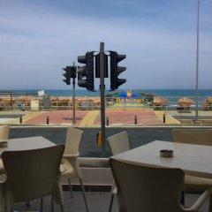 Отель Flamingo Beach Hotel Кипр, Ларнака - 13 отзывов об отеле, цены и фото номеров - забронировать отель Flamingo Beach Hotel онлайн пляж