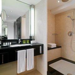 Sheraton Munich Arabellapark Hotel 4* Улучшенный номер с различными типами кроватей фото 2