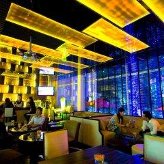 Отель FuramaXclusive Asoke, Bangkok гостиничный бар