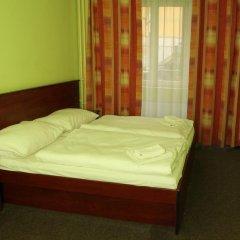 Hotel Inturprag 3* Стандартный номер с двуспальной кроватью