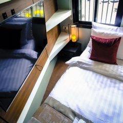Отель Tha Tian Store Бангкок комната для гостей фото 5