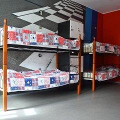 Hostel Racing Paradise Кровать в общем номере с двухъярусной кроватью фото 24