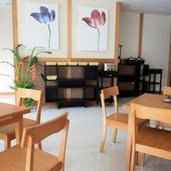 Отель Prom Ratchada Residence Таиланд, Бангкок - отзывы, цены и фото номеров - забронировать отель Prom Ratchada Residence онлайн питание фото 4