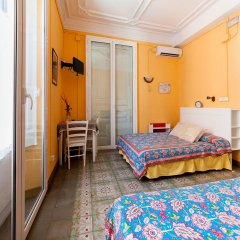 Отель Hostal Pensio 2000 2* Стандартный номер с двуспальной кроватью фото 15