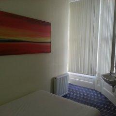 Manor Hotel 2* Стандартный номер с двуспальной кроватью (общая ванная комната) фото 6