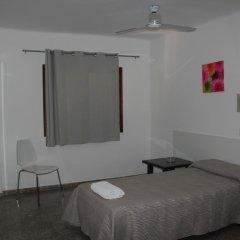 Отель Hostal Las Nieves Стандартный номер с различными типами кроватей (общая ванная комната) фото 27