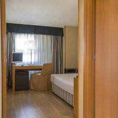 Отель Infanta Mercedes 2* Стандартный номер с различными типами кроватей фото 2