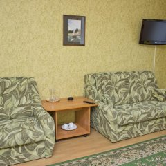Гостиница У Фонтана Номер Делюкс с 2 отдельными кроватями фото 3