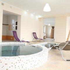 Гостиница Publo Spa Hotel Украина, Хуст - отзывы, цены и фото номеров - забронировать гостиницу Publo Spa Hotel онлайн бассейн фото 2