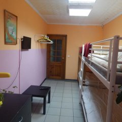 Хостел Smiles Номер с различными типами кроватей (общая ванная комната) фото 9