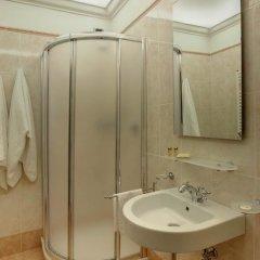 Отель B&B La Signoria Di Firenze 3* Стандартный номер с двуспальной кроватью фото 6
