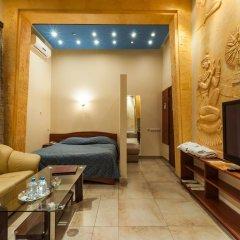Крон Отель 3* Люкс Премиум с двуспальной кроватью