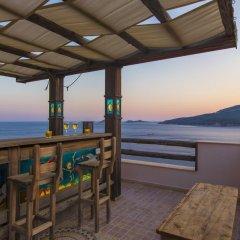 Villa Badem Турция, Патара - отзывы, цены и фото номеров - забронировать отель Villa Badem онлайн балкон