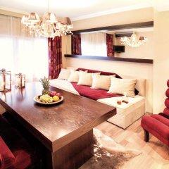Plaza Hotel 3* Стандартный семейный номер с двуспальной кроватью фото 2
