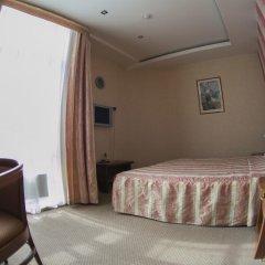 Гостиница Николь 3* Стандартный семейный номер с двуспальной кроватью фото 5