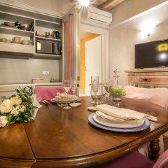 Отель Piazza Pitti Palace Улучшенные апартаменты с различными типами кроватей фото 22