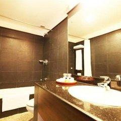 Отель Tibet International Непал, Катманду - отзывы, цены и фото номеров - забронировать отель Tibet International онлайн ванная