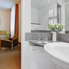 Отель IntercityHotel Berlin Ostbahnhof ванная