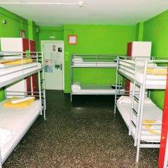 Feetup Yellow Nest Hostel Barcelona Кровать в женском общем номере фото 5