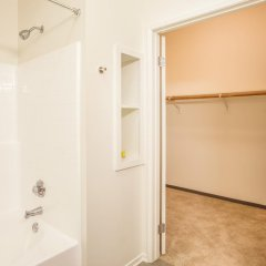 Апартаменты Heaven on Washington Furnished Apartments ванная