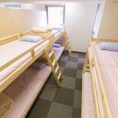 81's Inn Fukuoka - Hostel Кровать в женском общем номере с двухъярусной кроватью фото 6
