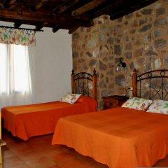 Hotel Rural de Berzocana 2* Стандартный семейный номер с двуспальной кроватью