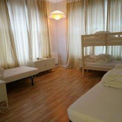 Отель Camino Bed and Breakfast 3* Кровать в женском общем номере фото 3