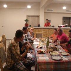 Отель Family Hotel Haruni Албания, Ксамил - отзывы, цены и фото номеров - забронировать отель Family Hotel Haruni онлайн питание