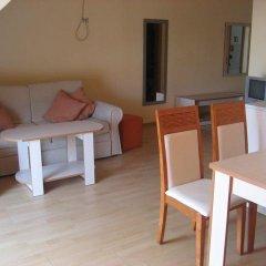 Апартаменты Bulgarienhus Polyusi Apartments Солнечный берег комната для гостей фото 3