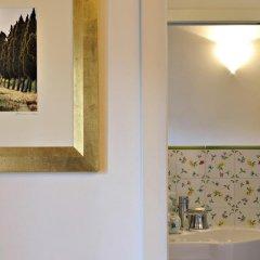 Отель La Rocca Romantica Италия, Сан-Джиминьяно - отзывы, цены и фото номеров - забронировать отель La Rocca Romantica онлайн ванная