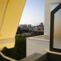 Отель Villa White Албания, Ксамил - отзывы, цены и фото номеров - забронировать отель Villa White онлайн балкон