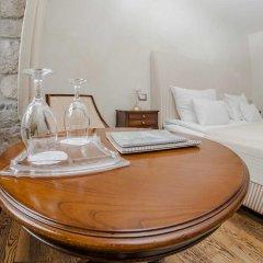 Boutique Hotel Astoria 4* Улучшенный номер с 2 отдельными кроватями фото 9