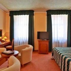 Best Western Plus Hotel Meteor Plaza 4* Стандартный номер с разными типами кроватей фото 11