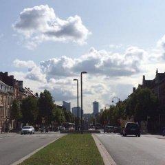 Brussel Hello Hostel парковка