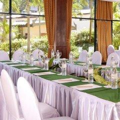 Отель All Seasons Naiharn Phuket Таиланд, Пхукет - - забронировать отель All Seasons Naiharn Phuket, цены и фото номеров помещение для мероприятий