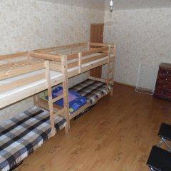 Хостел Омск Кровать в общем номере с двухъярусной кроватью