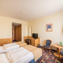 Hotel Partner 3* Улучшенный номер с различными типами кроватей фото 3