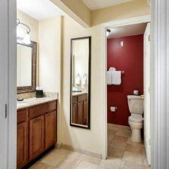 Отель Arlington Court Suites Hotel США, Арлингтон - отзывы, цены и фото номеров - забронировать отель Arlington Court Suites Hotel онлайн ванная