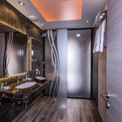 Отель 8 1/2 Art Guest House 3* Люкс с различными типами кроватей фото 3